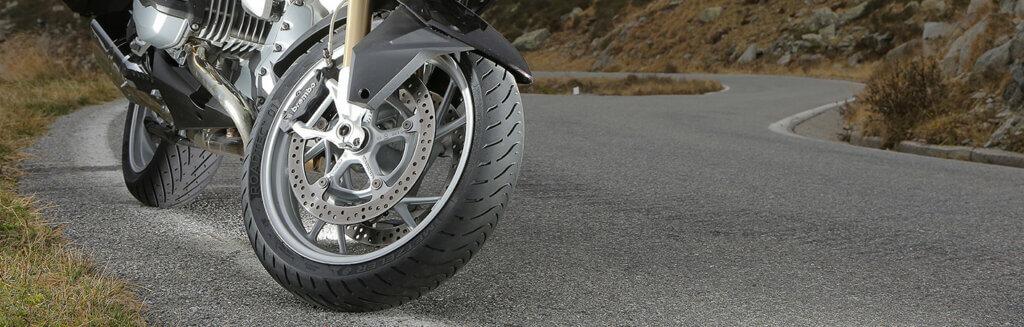 Metzeler Roadtec 01 motorbanden voor BMW R1150RT.